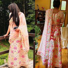 Lehenga Choli Dupatta Indian Pakistani designer Baby Pink Heavy Work Wedding party wear dress for women exclusive girls new lengha Girls Party Wear, Party Wear Dresses, Golden Dupatta, Sherwani For Men Wedding, Lehenga Choli, Lehenga Suit, Saree, Soft Pink Color, Party Wear Lehenga