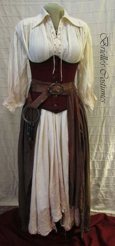 This looks like a good Pirate costume. Costume Viking, Medieval Costume, Medieval Dress, Medieval Clothing, Easy Renaissance Costume, Gypsy Clothing, Mode Pirate, Pirate Garb, Pirate Costumes