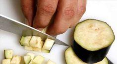 A inflamação e a gordura no abdômen estão relacionadas. Veja como combater ambas de uma só vez ao incluir alguns alimentos extremamente benéficos na dieta.