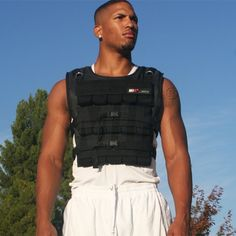 This MiR Weighted vest is made of heavy-duty nylon and can hold up to Visit Rogue Fitness today to learn more to order vests for your training facility. Training Kit, Weight Training, Workout Gear, Workout Exercises, Adjustable Weights, Weighted Vest, Rogue Fitness, Workout Accessories, Body Armor
