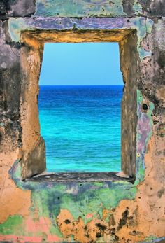 Window on the sea. @designerwallace
