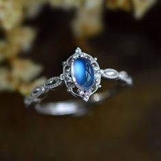 Elegant Vintage Antique Art Deco Blue Moonstone Silver Engagement Ring Promise Ring