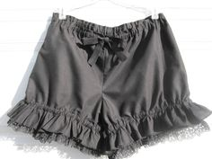 Black bloomers with lace and ruffles so cute!