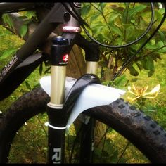 plastic milk bottle as front mtb fender