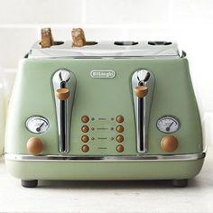Delonghi Vintage Icona Toaster Green - loving this range!