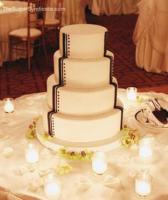 Art deco wedding cake design.