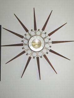 VINTAGE ELGIN STARBURST SUNBURST MID CENTURY MODERN WALL CLOCK EAMES ERA ATOMIC