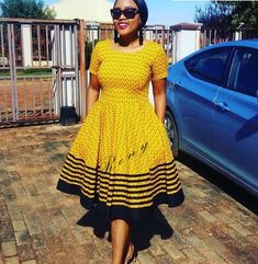 Top Shweshwe Dresses for Wedding Guests - Reny styles African Bridal Dress, African Print Dresses, African Print Fashion, Africa Fashion, South African Traditional Dresses, Traditional Outfits, Traditional Wedding, 1940s Fashion Dresses, African Fashion Dresses
