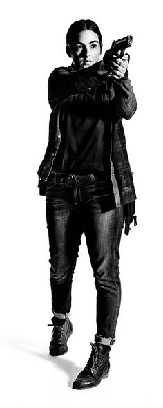 the-walking-dead-season-7-tara-masterson-gallery-700
