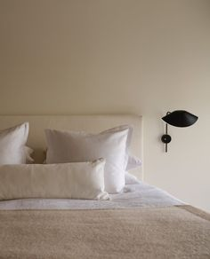 Home Decor Minimalist .Home Decor Minimalist Home Decor Styles, Cheap Home Decor, How To Dress A Bed, Neutral Bedrooms, Target Home Decor, Minimalist Home Interior, Home Decor Shops, Home Decor Kitchen, Kitchen Shop