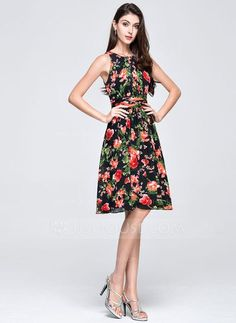 Last Step Pin - Find inspiration to try. Dress Code, Chiffon, Fashion Boutique, Dress Outfits, Summer Dresses, Princess, Vintage, Clothes, Flowers
