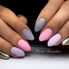 False nails have the advantage of offering a manicure worthy of the most advanced backstage and to hold longer than a simple nail polish. The problem is how to remove them without damaging your nails. Marriage is one of the… Continue Reading → Winter Nail Designs, Best Nail Art Designs, Gel Nail Designs, Nails Design, Stylish Nails, Trendy Nails, Cute Nails, Shellac Nails, My Nails