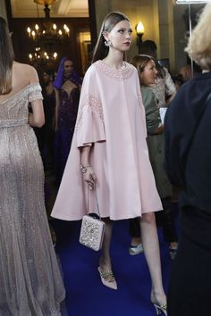 Where does Lebanese couturier Georges Hobeika get his inspiration? And what's next for his couture maison? Abaya Fashion, Modest Fashion, Couture Fashion, Fashion Dresses, Lolita Fashion, Look Fashion, Fashion Show, Womens Fashion, Classy Outfits