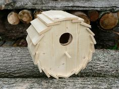 Wooden Birdhouse The Roundhouse Diy Wood Projects Birdhouse Roundhouse wooden Wooden Bird Houses, Bird Houses Diy, Diy Wood Projects, Wood Crafts, Woodworking Plans, Woodworking Projects, Bird House Feeder, Bird Boxes, Round House