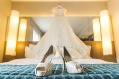 Sapato lindo de noiva, modelo peep toe! Casamento | Bárbara + Luiz Gustavo | Vestida de Noiva | Blog de Casamento por Fernanda Floret