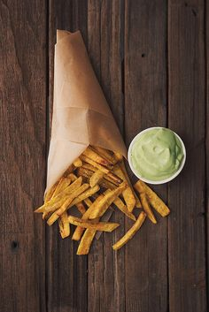 Baked Plantain Fries with Garlic Avocado Dipping Sauce - Tasty Yummies