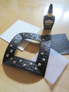 Tee-se-itse-naisen sisustusblogi: Picture Frame Made Out Of Stud Belt
