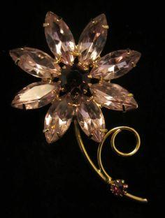 "Stunning Vtg 2-1/4"" Gold Tone Purple Rhinestone Flower Brooch - A44"