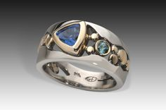 River Pebbles Ring with Ceylon Blue Sapphire
