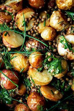 Pommes de terre, lentilles, vinaigrette aux herbes