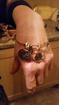 South Hill Designs, Alex And Ani Charms, Vintage Bracelet, Bracelets, Gold, Profile, Jewellery, Facebook, Bangles