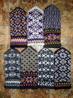 Knitting mittens latvian hands 17 new ideas Knitted Mittens Pattern, Knit Mittens, Knitting Socks, Hand Knitting, Wool Gloves, Knitted Gloves, Knitting Charts, Knitting Accessories, Christmas Knitting