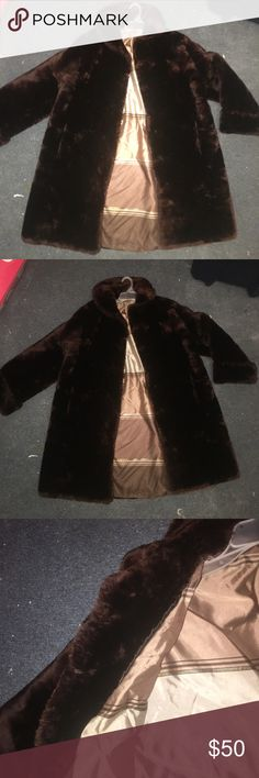 """Chocolate brown faux fur coat 😍 Faux fur coat with silk lining. Fits a small to medium. Hits me about knee length I'm 5'2"""". Offers are welcome. It is vintage. Don't know the brand. Ships next day 🦊🐻 Zara Jackets & Coats"""