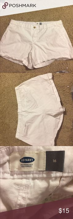 White Shorts from Old Navy Size 16, comfortable and adorable Old Navy Shorts