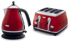 Red toaster and kettle