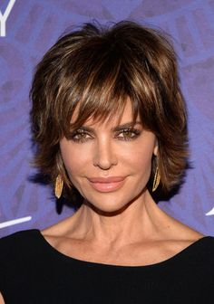 Lisa Rinna Layered Razor Cut - Lisa Rinna looked cool with her short, shaggy layers at the Variety and Women in Film Emmy nominee celebration.