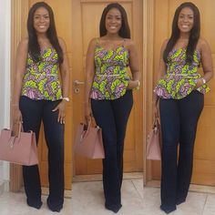 Ankara prints are so versatile that you can have them designed in any style of your choice!Linda Ikeji is giving us different ways to rock Ankara tops/blouses on jeans. From sleeveless to peplums a… Ankara Tops Blouses, Ankara Blouse, African Blouses, African Tops, African Wear, African Dress, African Women, Trendy Ankara Styles, Kente Styles