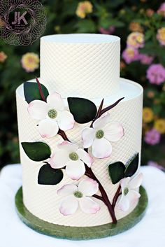 dogwood wedding cake