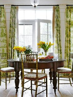 Antique faux-bamboo chairs and green-and-ivory toile curtains make a lighthearted combination in this breakfast room - Traditional Home® / Design: Jack Fhillips / Photo: Robert Brantley Beautiful Kitchens, Beautiful Homes, Toile Curtains, Green Curtains, Curtain Fabric, Bamboo Furniture, Bamboo Chairs, Interior Decorating, Interior Design