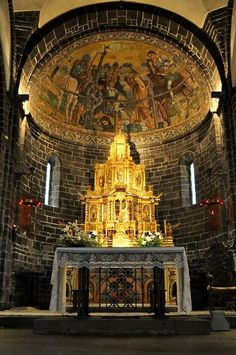 Basilica di San Giacomo, Lake Como, Italy, province of Como , Lombardy region… Church Architecture, Beautiful Architecture, Beautiful Buildings, Beautiful Places, Romanesque Architecture, Cathedral Basilica, Cathedral Church, Places To Travel, Places To See