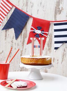 Estilo Navy en tu fiesta! Rojo, azul y blanco. Banderín de tela, topper de tarta y detalles para la mesa. Todos a bordo!