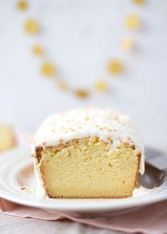 Citrus Yoghurt Cake met Roomkaas Glazuur