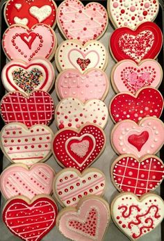 Heart, Valentine Cookies One dozen custom decorated sugar cookies for any occasion. Fresh, made to order in custom colors & shape choices. - Heart, Valentine Cookies One dozen custom decorated sugar cookies for any occasion. Cookies Box, Valentine's Day Sugar Cookies, Iced Cookies, Cute Cookies, Royal Icing Cookies, Cookies Et Biscuits, Cupcake Cookies, Baby Cookies, Flower Cookies