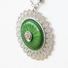 Técnica mixta collar - joyas de Nespresso, reciclar, reciclado, Eco amigable café cápsulas collar.