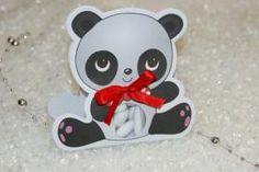 Contenant à dragées panda http://www.drageeparadise.fr/contenant-a-dragees-vide_29_contenant-dragee-bapteme-en-carton_contenant-a-dragees-panda__252_1.html