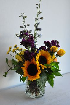 Centerpiece with Sunflowers