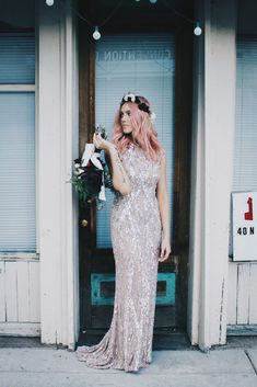 I just want to look like this on my wedding day.   Sparkle Motion: A Grungy Glittery Wedding Shoot