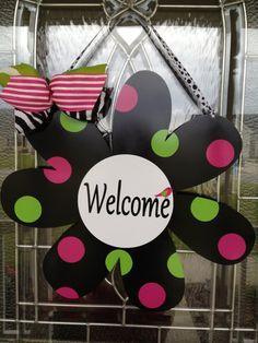 Metal Daisy for Garden Flag Door Wreath or Wall  by Snookemlilies, $35.00