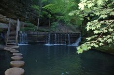 Discover 11 magical foot bridges hiding in Illinois that will transport you to another world. Don't miss these little-known enchanting hikes. Forest Trail, River Trail, Go Hiking, Hiking Trails, Hiking Near Chicago, Great Places, Places To See, Starved Rock State Park, Lake Villa