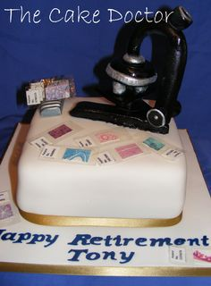 Histology retirement cake complete with handmade microscope and edible slides  www.thecakedoctor.co.uk