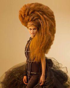 Avant Garde hair by Konstantinos Lefas. High Fashion Hair, Wacky Hair, Avant Garde Hair, Extreme Hair, Shooting Photo, Wild Hair, Hair Shows, Hair Affair, Creative Hairstyles