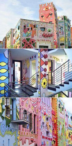 Glückliches Rizzi Haus in Braunschweig, Deutsch | www.bocadolobo.com #bocadolobo #luxuryfurniture #exclusivedesign #interiordesign #designideas #Einrichtungsideen #exklusivesdesign  #designideen #designinspirationen  #wohnideen #luxusmöbel #innenarchitektur
