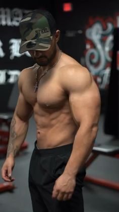 Bicep And Tricep Workout, Abs And Cardio Workout, Gym Workouts For Men, Gym Workout Chart, Full Body Workout Routine, Abs Workout Video, Abs Workout Routines, Weight Training Workouts, Gym Workout For Beginners