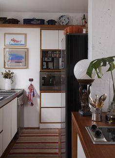 Rita Lobo é uma grande chef de cozinha, curte fotografia, decoração, literatura e além de tudo é blogueira do  Panelinha , escritora, ap...