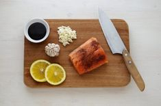 Cold smoked salmon is one of my favorite ways to eat salmon. Learn how to start cold smoking salmon at home Keto Foods, Keto Recipes, Recipes Dinner, Healthy Foods, Healthy Soy Sauce, Parmesan Crusted Salmon, Lucky Food, Salmon Marinade, Teriyaki Salmon