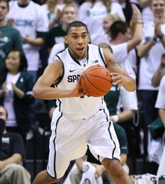 Denzel Valentine saw his first game action as a Spartan vs. Northwood.  Denzel and his brother Drew went to preschool with my son!  How awesome to see both of them playing Division I basketball now!